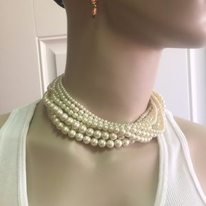 Simulated Pearl Necklace 5/$25